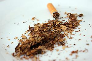 Cigarros contienen metales tóxicos