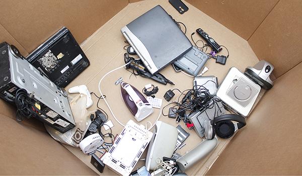Recicla tu basura electrónica en la UANL