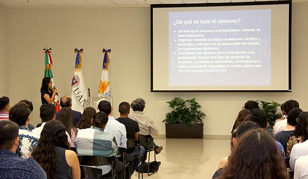 Aída Nava, investigadora del Instituto de Astronomía de la UNAM, Campus Ensenada