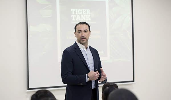 Francisco Barrera Cortinas, Director de Innovación y Emprendimiento de la UANL