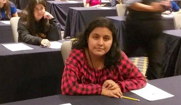 Alumna de UANL gana medalla de oro en Olimpiada Mexicana de Historia