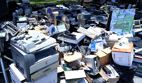Recolecta UANL más de 20 toneladas de basura electrónica