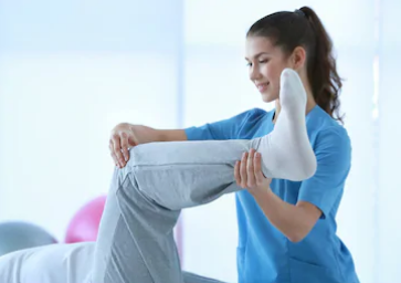 Proyecta UANL posgrado en terapia física y readaptación deportiva