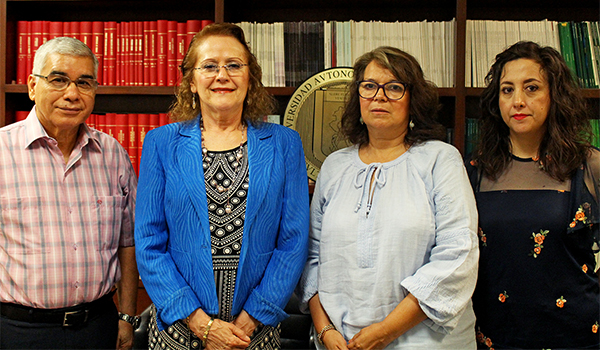 Cruz Alviso, patient; Dr. Linda Muñoz Espinosa, Head of the Liver Unit; Irene Mijares, from Asociación Regiomontana de Hepatitis C, A. C. and Leticia Pérez Garduño