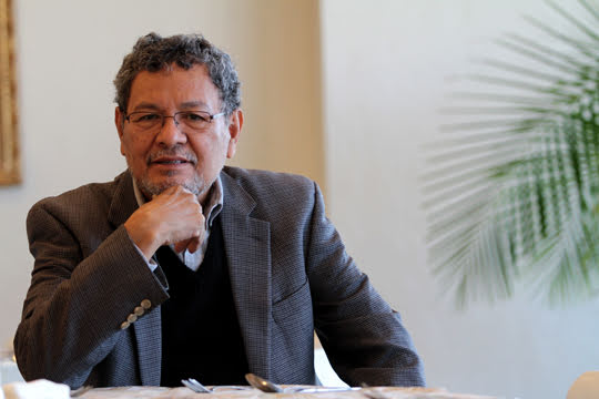 UANL tendrá cátedra Élmer Mendoza