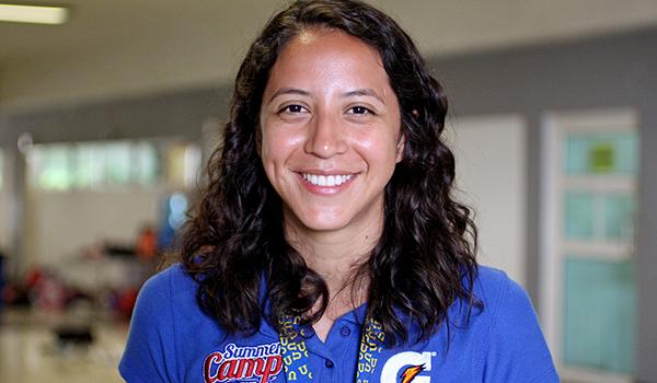 Julieta Estrada, Coordinadora del campamento de verano