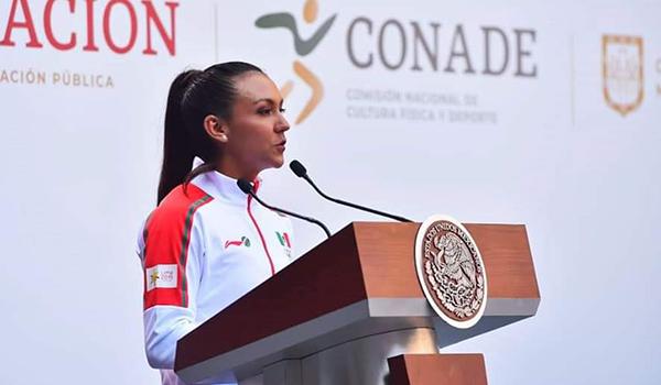 Kenia Lechuga dio el mensaje en representación de los deportistas