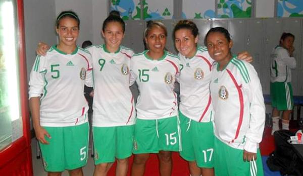Sheyla López (17), Jessica Canizalez (15) y Miariam Cázares (16)