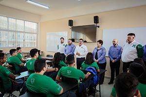 UANL da bienvenida a 206 mil estudiantes