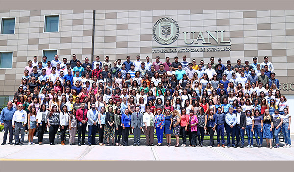 UANL welcomes 387 international students
