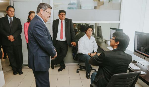 Con este espacio la FACDYC ofrecerá servicios de regularización migratoria.