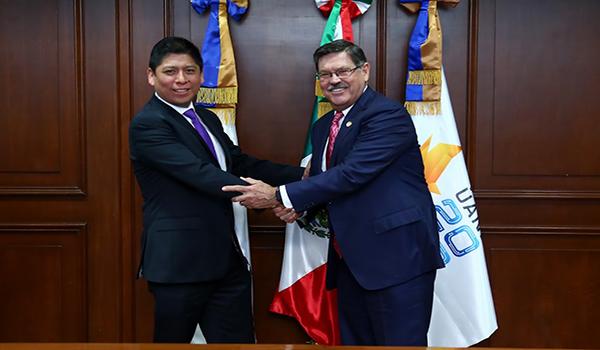 Firma de convenio entre la UANL y Fortinet