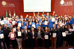 UANL reconoce sus talentos académicos