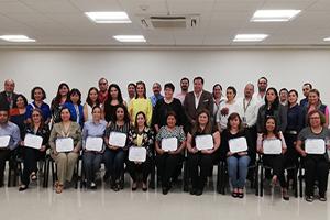 Profesores desarrollan habilidades de enseñanza digital en la UANL