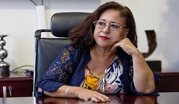 Silvia Tomasa Rivera, poeta