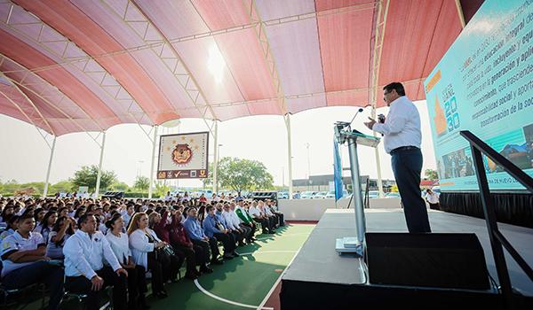 El Rector Rogelio Garza habló sobre la visión 2030 de la UANL
