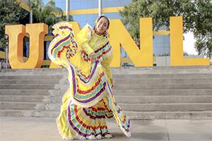 Tendrá UANL muestra de danza folklórica