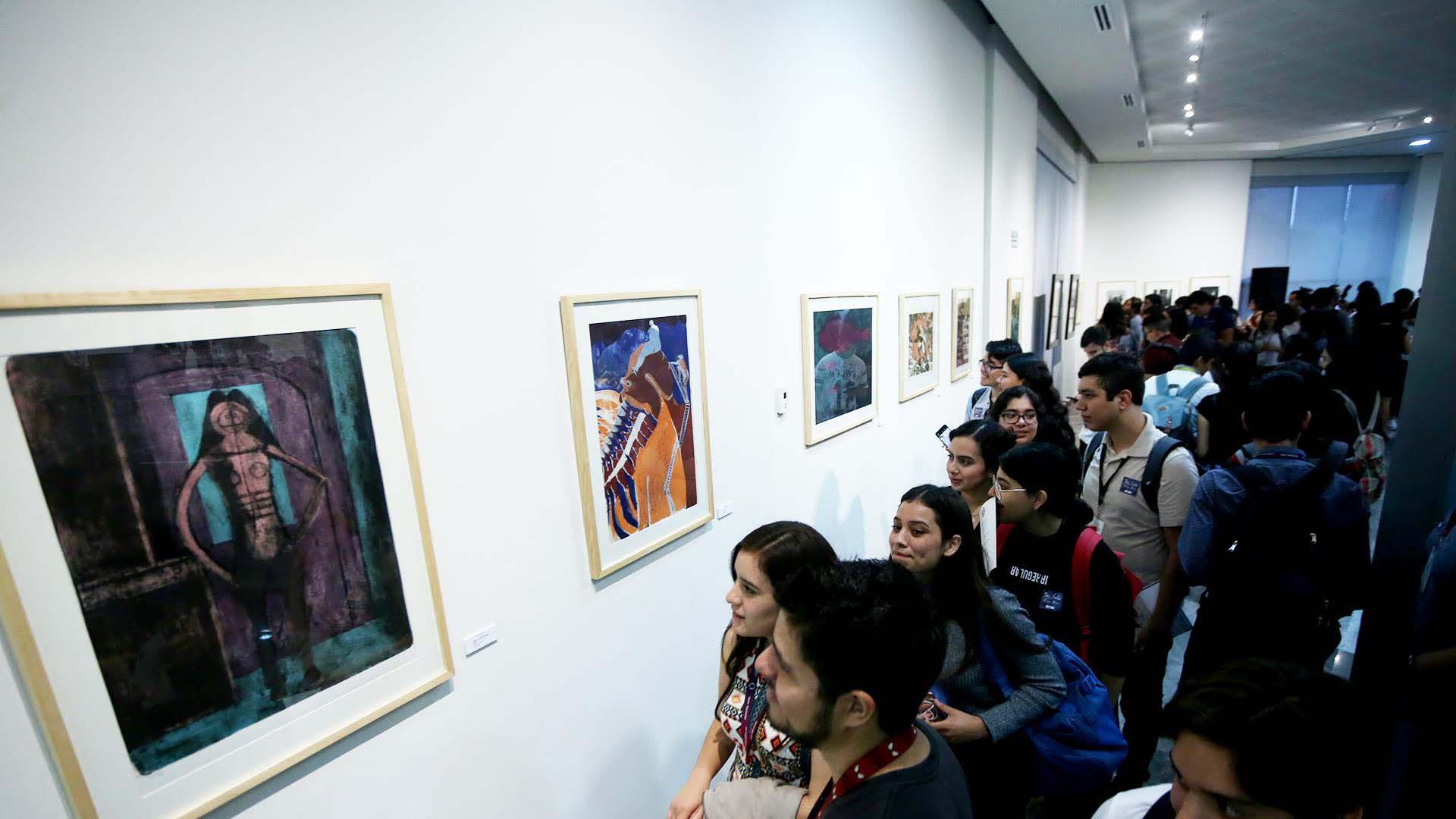 Exhiben obras de Tamayo y Toledo en Medicina