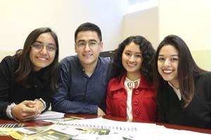 Tienen migrantes asesoría gratuita en UANL