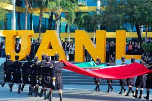 Inspira y enorgullece bandera mexicana a UANL
