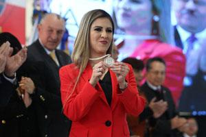 Designan a Claudia García para dirigir Preparatoria 9