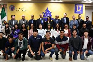 Fundación BBVA beca a alumnos de la UANL