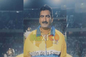 Martín Calvillo, el coach que llevó a la gloria al futbol americano de NL