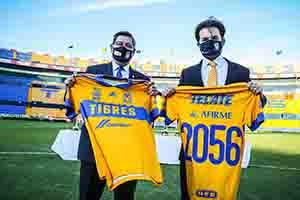 UANL y Sinergia Deportiva extienden acuerdo de colaboración hasta 2056