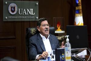 Presenta Rector reforma digital de la UANL ante Club de Rotarios