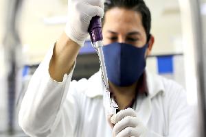 Certifican licenciaturas en Química sus estándares de calidad