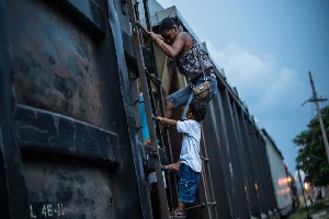 Presentan trabajo de investigación sobre situación de migrantes